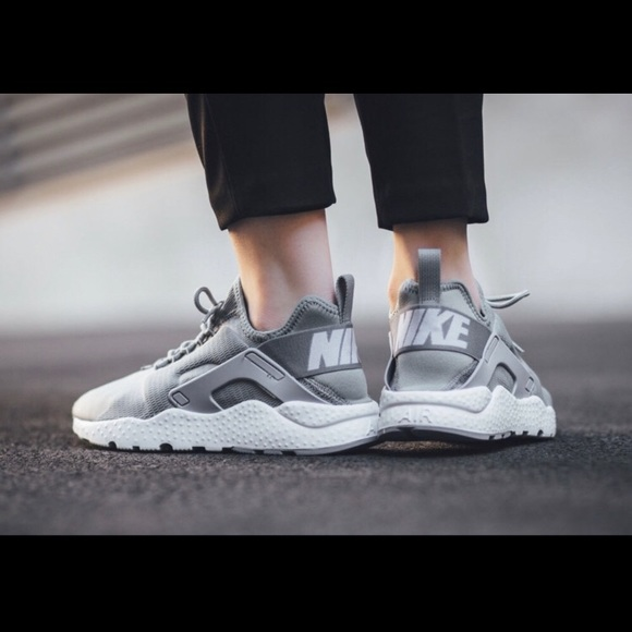 educador Mamá Hospitalidad  Nike Shoes | Nike Air Huarache Ultra Womens Sneakers | Poshmark